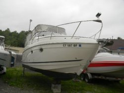2006 - Rinker Boats - 270 Express Cruiser